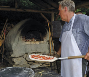 People pizza oven 300x261 The Tale of The Magic Oven