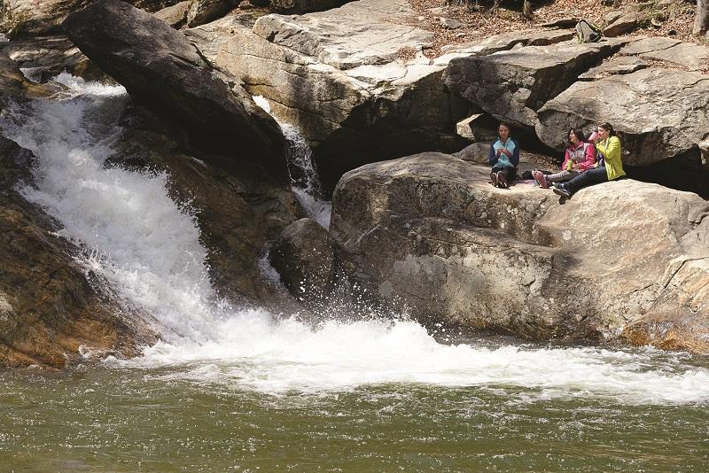 picnic at pikes falls stratton vermont